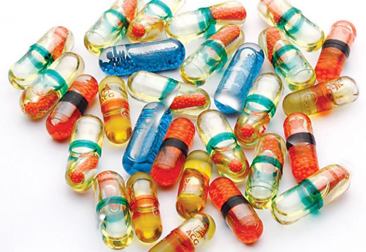 Multiple-color-capsules